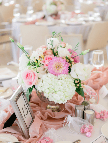 Elegant floral arrangement at Iowa City wedding reception