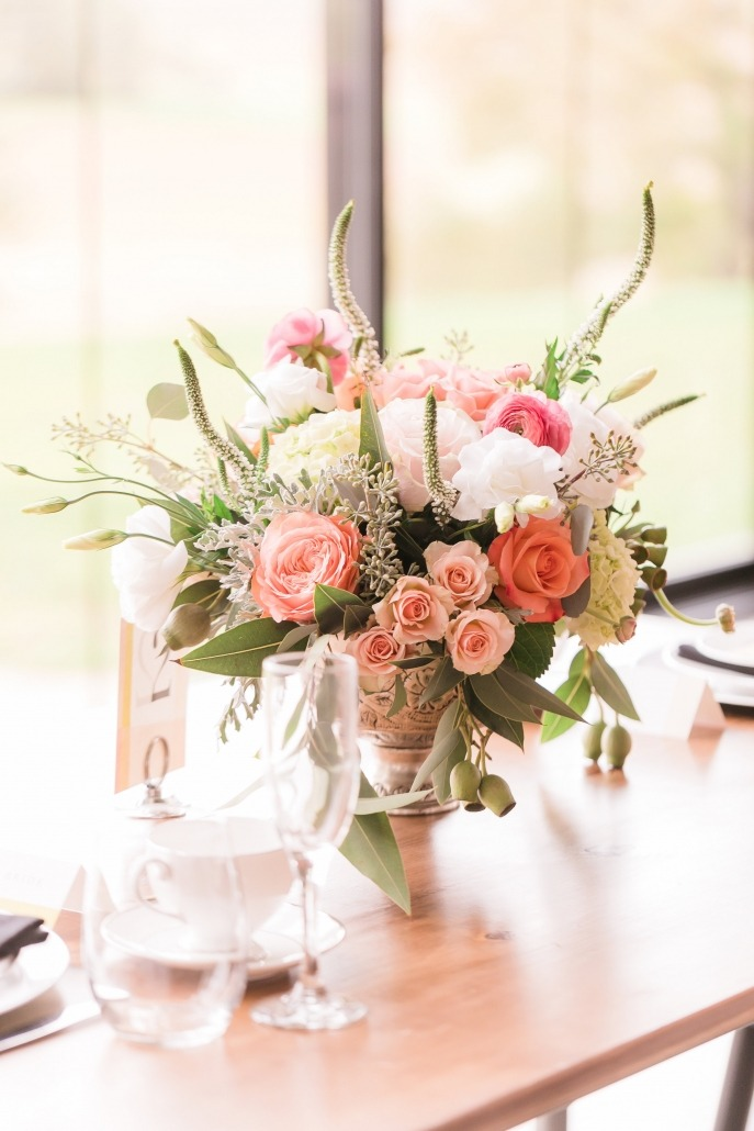 Beautiful Wedding Floral Arrangement and Table Setting